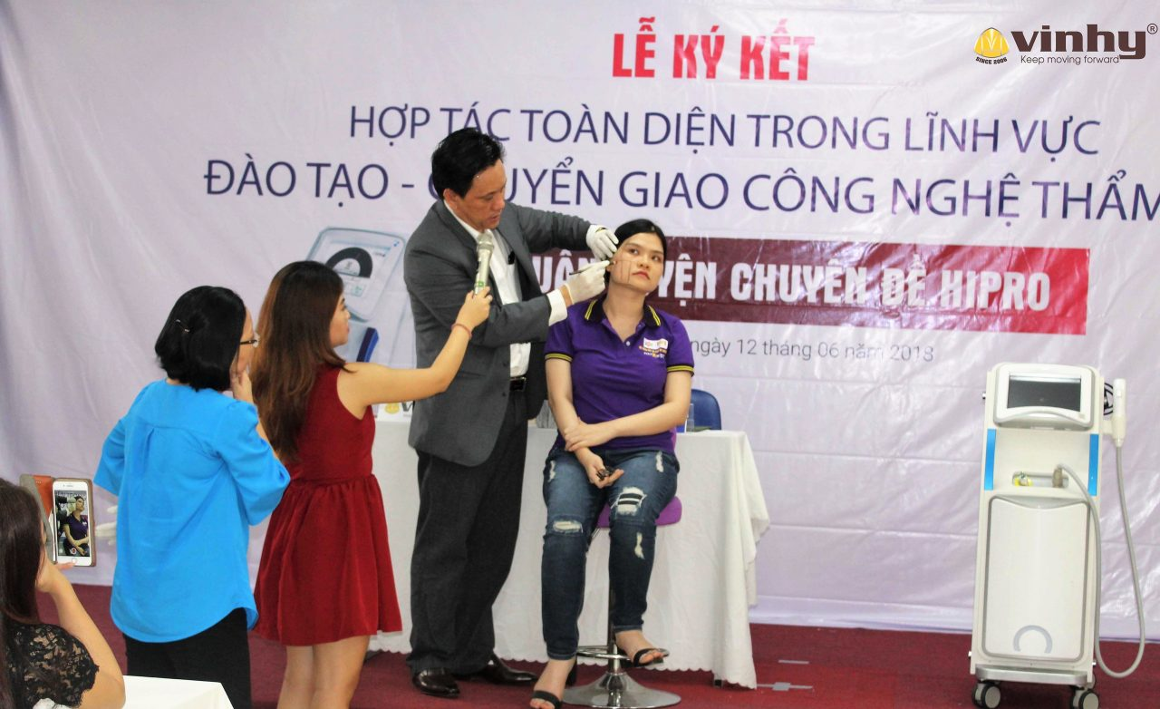 dr-vin-tran-huan-luyen-ky-thuat-dieu-tri-tu-cong-nghe-hipro-33