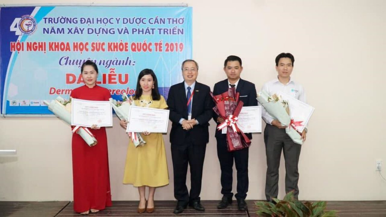 hoi-nghi-khoa-hoc-suc-khoe-quoc-te-truong-dai-hoc-y-duoc-can-tho-4